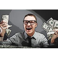 довольный человек трясет деньгами